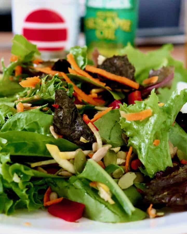 Mixed Greens Seaweed Salad Side Plate