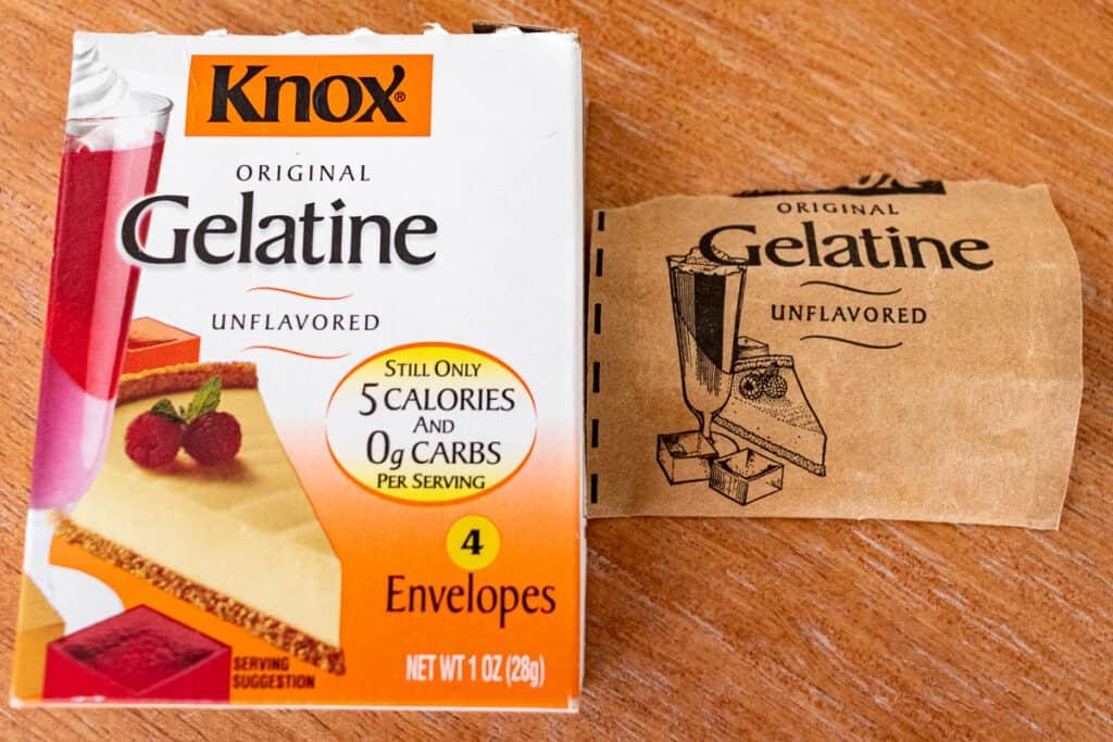 Gelatine box and envelope