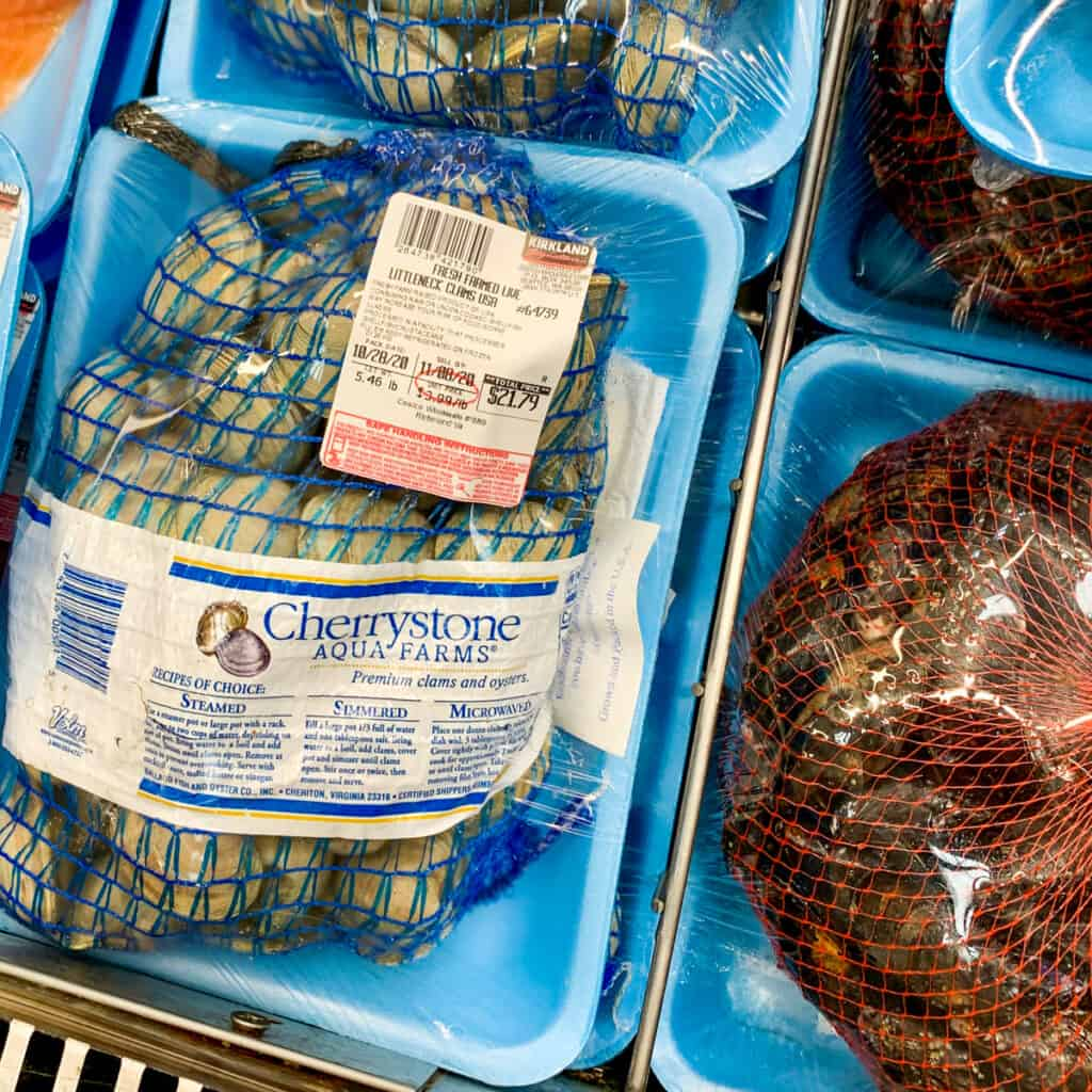 Whole clams at grocery store