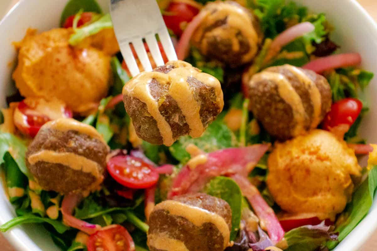 Mediterranean meatball salad